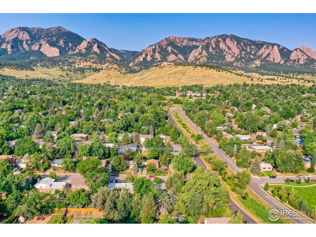 Devil's thumb is a neighborhood in boulder. Devil S Thumb Boulder Co Homes For Sale Devil S Thumb Boulder Co Real Estate Trulia