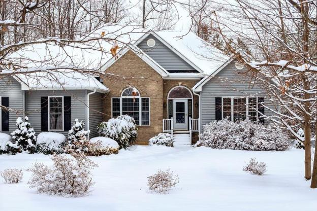 Winter, Snow Scene, House, Home, Brick, Vinyl Siding