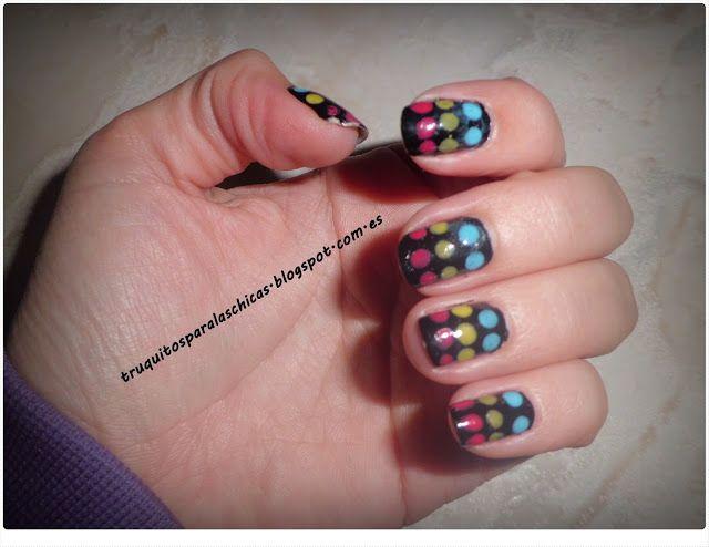 manicura muy sencilla con puntos