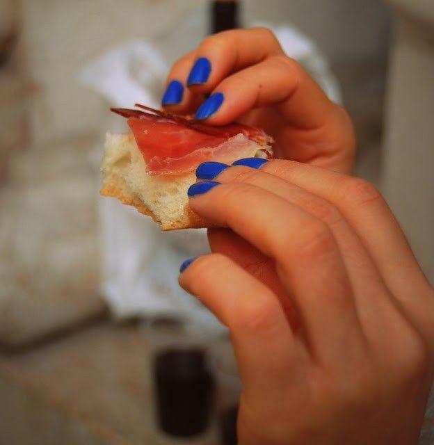 Es malo pintarse las uñas