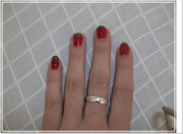 manicura-en-forma-de-sandia-facil-5