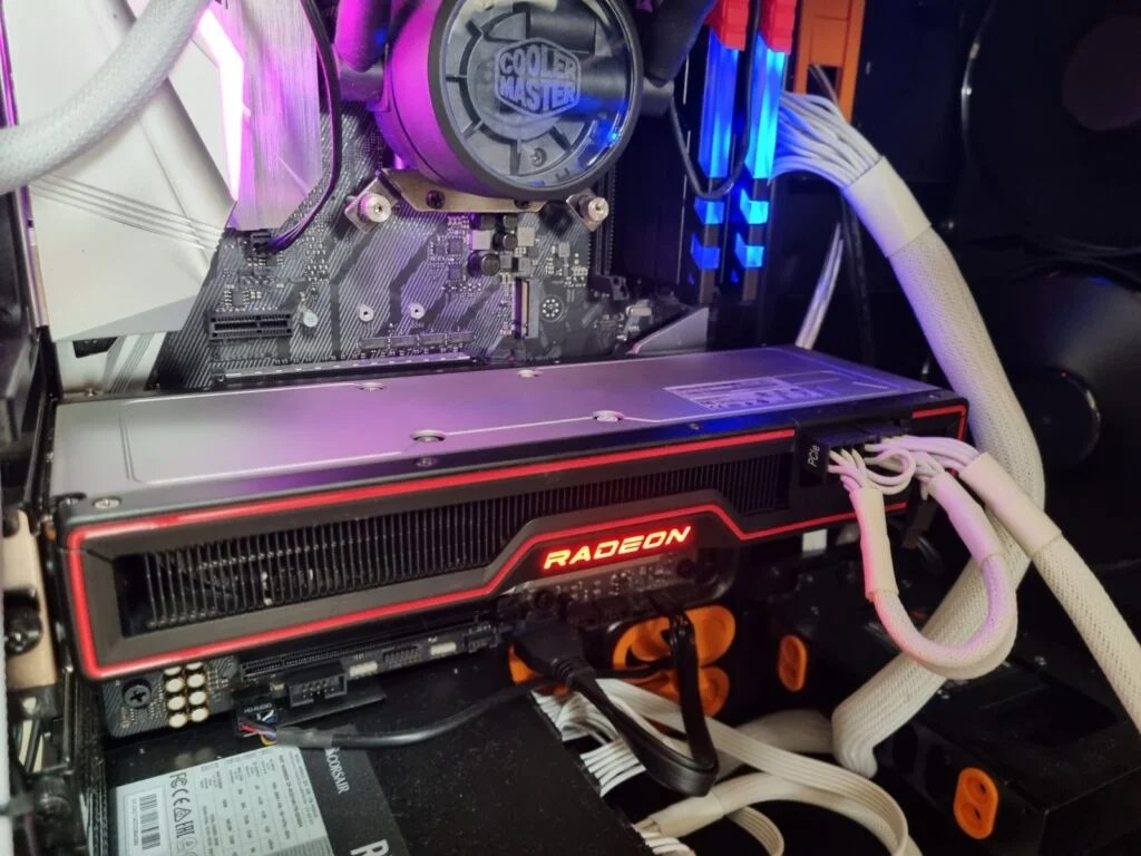 AMD Radeon RX 6700 XT in rig