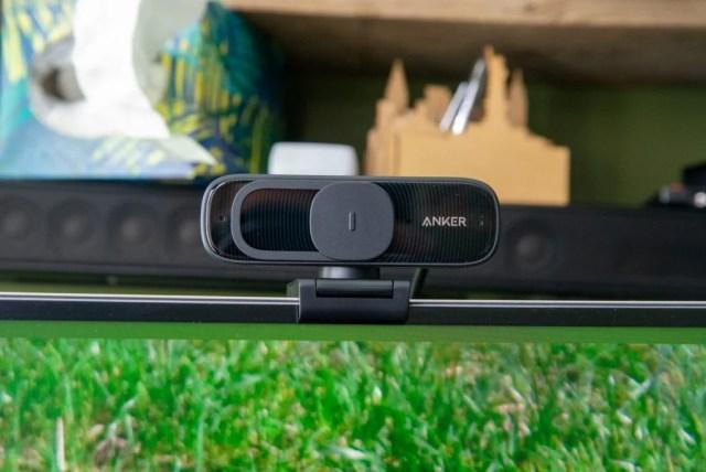 Anker PowerConf C300 slider