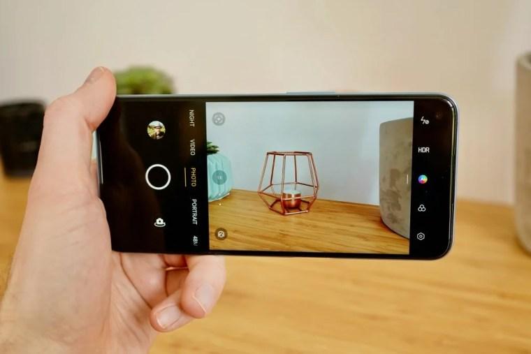 Realme 8 5G camera UI taking a picture