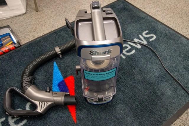 Shark Anti Hair Wrap Upright Vacuum Cleaner with Powered Lift-Away and TruePet NZ850UKT Lift-Away mode