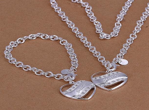 Expert Tips For Buying silver Necklace – Read more