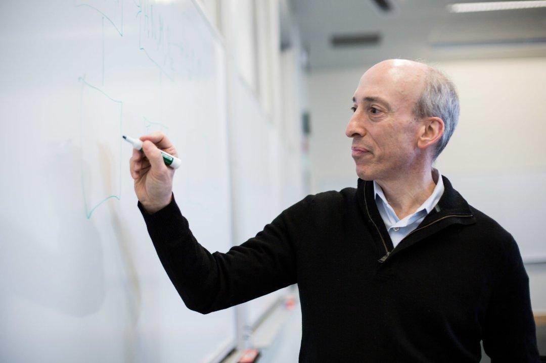 Gary Gensler teaching blockchain