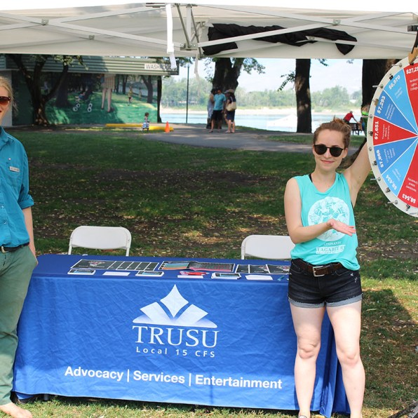 Community Tabling at Riverside Park about Need-Based Grants in 2018