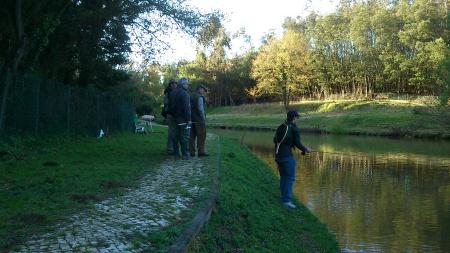 A pescar no Lago de Avanca