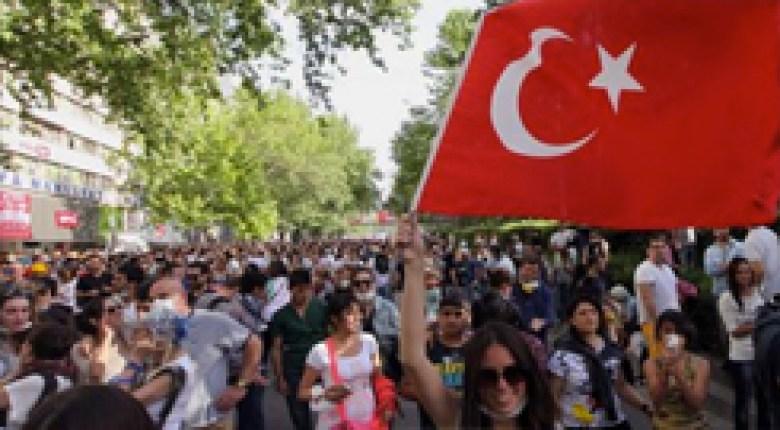 TurkeyProtest0603-240