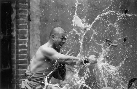 shaolin-monks-training-12
