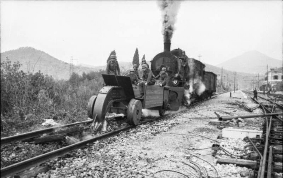 Germans destroy rails Italian Station, 1944