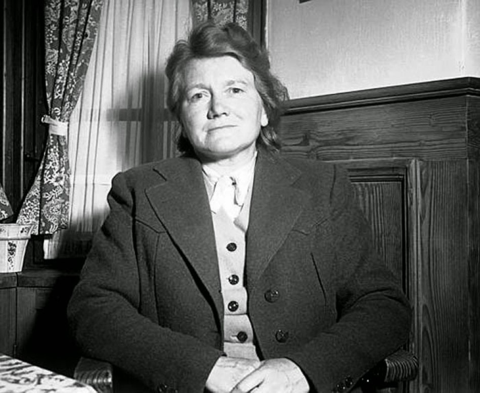 Paula Hitler, the sister of Hitler, 1954