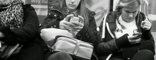 smartphones-conversation