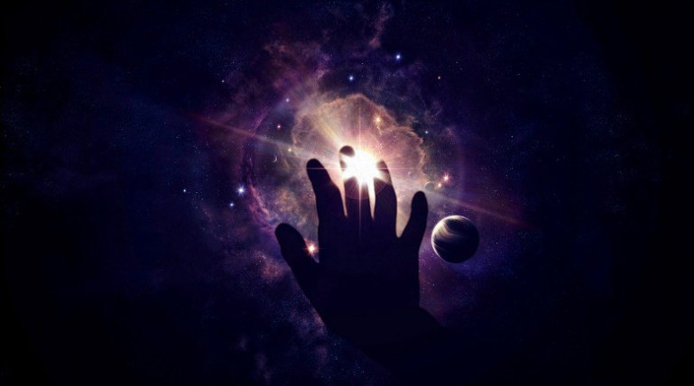 7 Signs The Universe Is Trying To Show You Something Through Synchronicity.