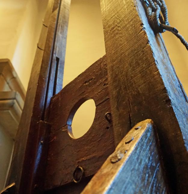 prison gate museum - 12