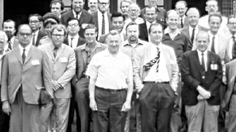 The identity of the lone woman scientist in this 1971 photo was a mystery. Then Twitter cracked the case -1