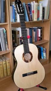 The better guitar