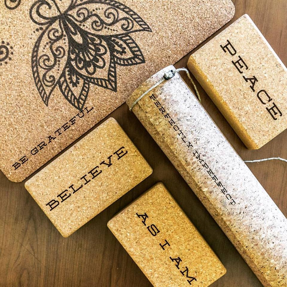 Yoloha Yoga cork mat and blocks