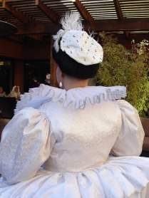 Back of 1590s bodice, photo by Sandra Linehan
