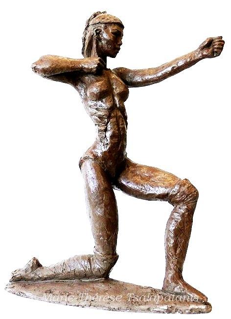 sculpture-marie-thérèse-tsalapatanis-guerrière