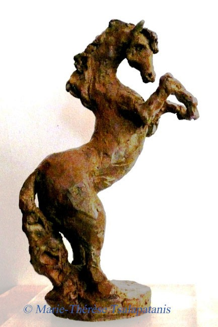 sculpture-marie-therese-tsalapatanis-cheval cabre