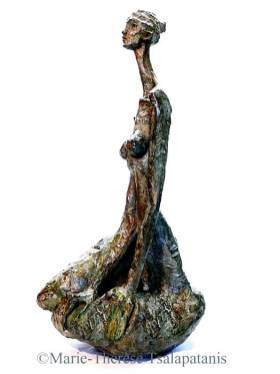 sculpture-marie-therese-tsalapatanis-figure-haute-1a