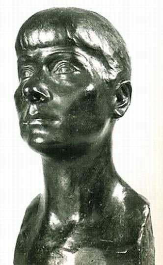 sculpture-marie-therese-tsalapatanis-autoportrait