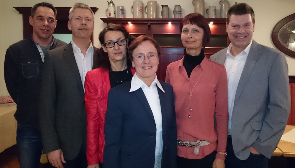 Oliver Link (Sportwart), Ulrich Exinger (1. Vorsitzender), Vera Thanhäuser (Kinder- und Jugend), Hildegard Ebeleseder (Schriftührung), Andrea Link (Stv. Vorsitzende), Jürgen Pfeiffer (Finanzen) - v.l.n.r.