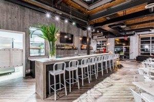 District-28's-Bistro-Bar
