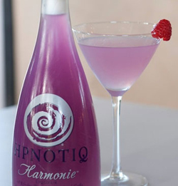 Mix up the perfect cocktail colour with Hpnotiq Harmonie