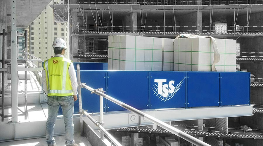 Loading-Platform-load-handling-system-TSS-Total-Safety-Solution-dubai-UAE-ABU-DHABI-MIDDLE-EAST-Qatar-oman-Kuwait-IRAN-GCC