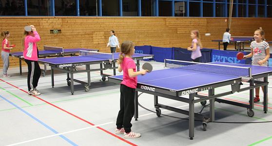 Mädchen bei den Mini-Meisterschaften