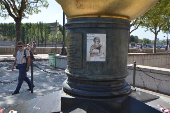 Flame of Liberty  〜 パリの自由の女神の「炎」はダイアナ妃追悼碑となった [2012年夏 ヨーロッパ旅行記 その16]