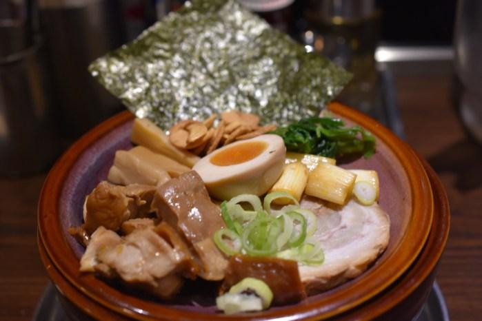 光麺 六本木店 — 熟成光麺 全部のせ!まろやかなしょうゆ味の東京とんこつが美味かった!プリンつき!! [麻布グルメ]