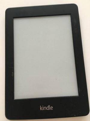 結局ほとんど活躍しなかった 初代Kindle Paperwhiteを断捨離 [1日1捨 No.7]