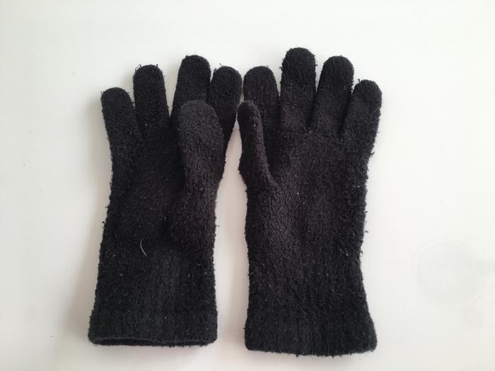 スマホ時代以前に使っていた手袋を断捨離 [1日1捨 No.29]