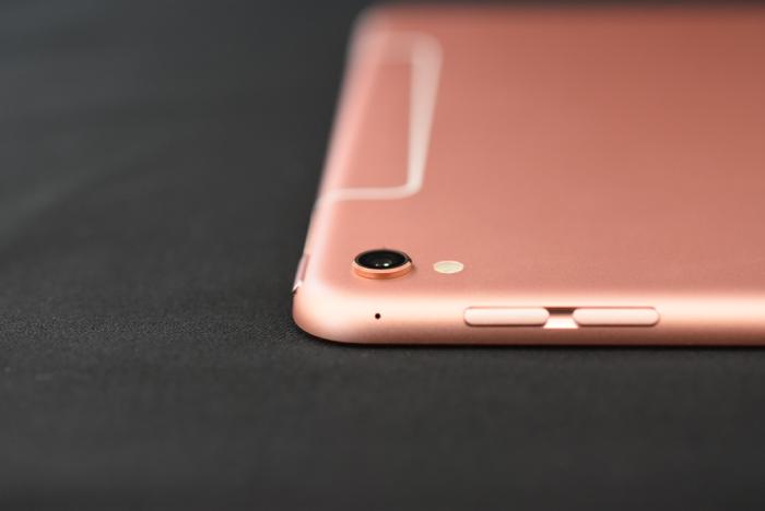 9.7インチ iPad Pro セルラーモデル ローズゴールド 256GB 写真多数 開封の儀!美しき春色に輝くボディを見よ!!