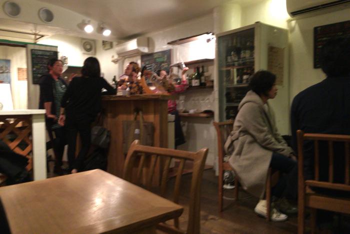 カフェ ラフカディオ(Cafe Lafcadio) 熊本市 中心部 藤崎宮前駅近く 路地裏ワインバーがいい感じだった!! [2016年2月 熊本旅行記 その16]