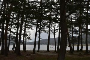 木崎湖 〜 長野県大町市の仁科三湖の一つ 美しかったが寒かった!次回は晴れた夏の日に来よう!!  [2016年4月 長野旅行記 26]