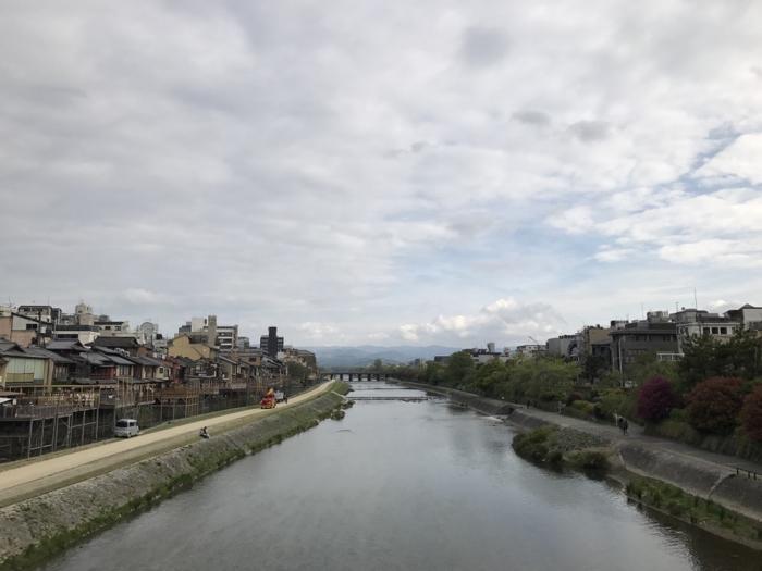 京都の鴨川沿いを早朝ラン!! 川床の準備が急ピッチで進んでいたぞ!! [京都ランニング]