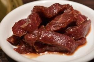 やきにく舎 太好了(たいはーら)すすきの店 〜 生ジンギスカンと直焼きローストビーフが美味かった!! [2017年6月 北海道旅行記 その7]