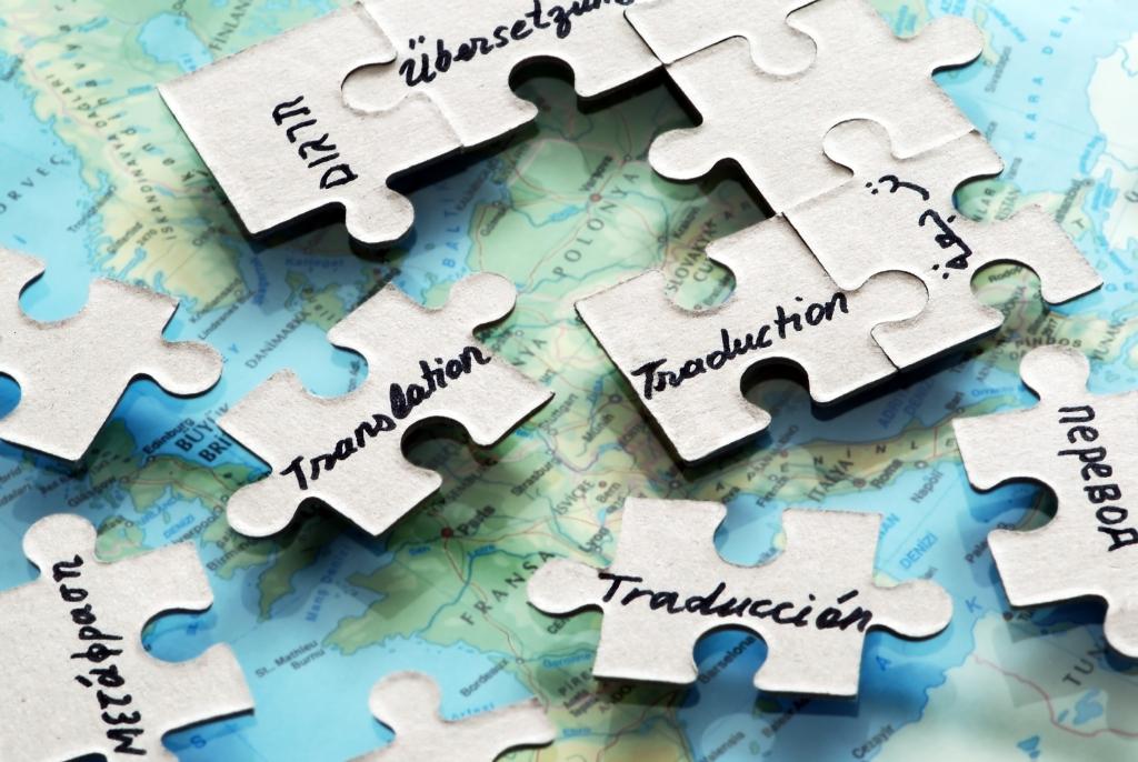 9 Mistakes Freelance Translators Should Avoid- Working together-translation puzzle