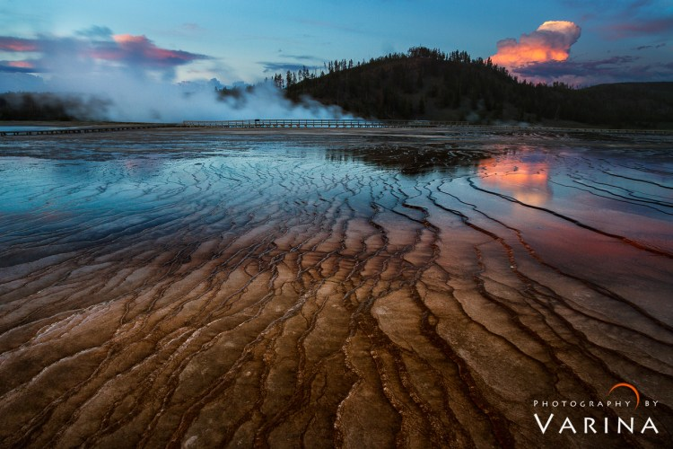 Grand Prismatic Hot Springs - Yellowstone National Park - Wyoming, USA