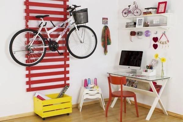 """Multi palete origami por R$429,00 na <a href=""""https://www.meumoveldemadeira.com.br/produto/multi-pallet-origami-vermelho"""" target=""""blank_"""">Meu Móvel de Madeira</a>"""