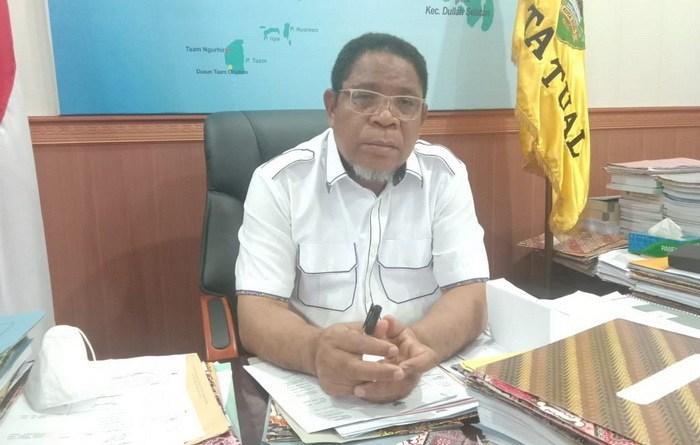 Walikota Tual, Adam Rahayaan, S.Ag ketika dikonformasi tualnews.com,