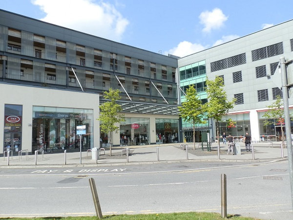 front tuam shopping centre