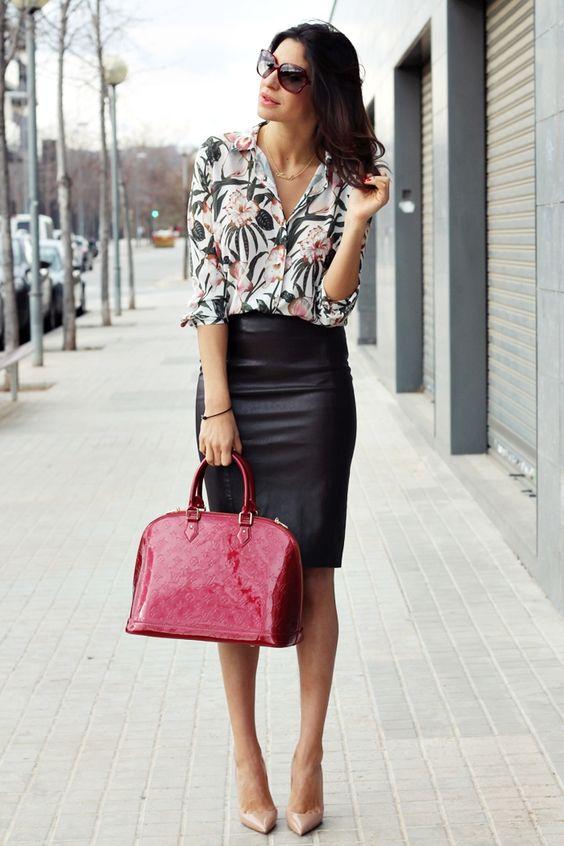 859a05a13140 Mujer Chic: 5 formas de combinar una falda lápiz negra  Asesoría de ...