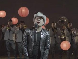 """Remmy Valenzuela estrena """"Mentiras"""" a ritmo de Banda Sinaloense."""