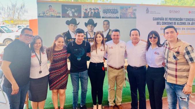 Los Plebes del Rancho hacen campaña social por Sinaloa.
